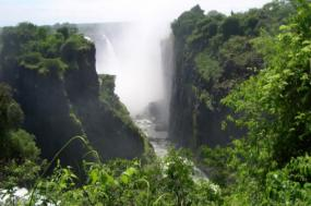 Mozambique & Zimbabwe Explorer (Northbound) tour