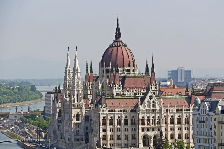 Budapest Parliament -Danube-Germany-1309423-P