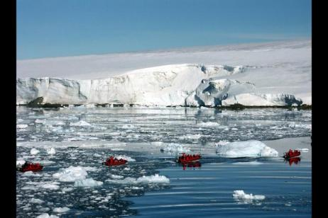 Fly & Cruise - Antarctica, Weddell Sea & Falkland Islands