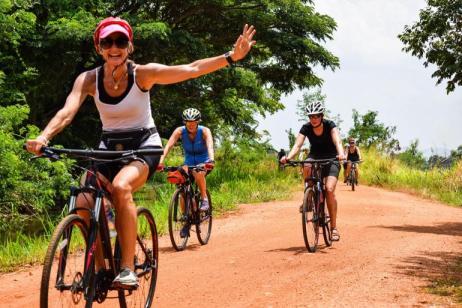 Cycle the Backroads of Sri Lanka