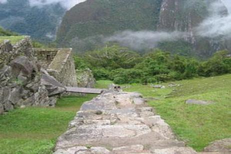 Galápagos Highlights & Peru with Ecuador's Amazon