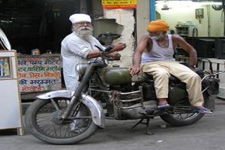 Icons of India: The Taj, Tigers & Beyond with Dubai, Southern India & Varanasi