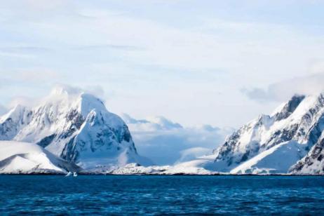 Antarctic Peninsula, Falkland Islands & South Georgia from Ushuaia