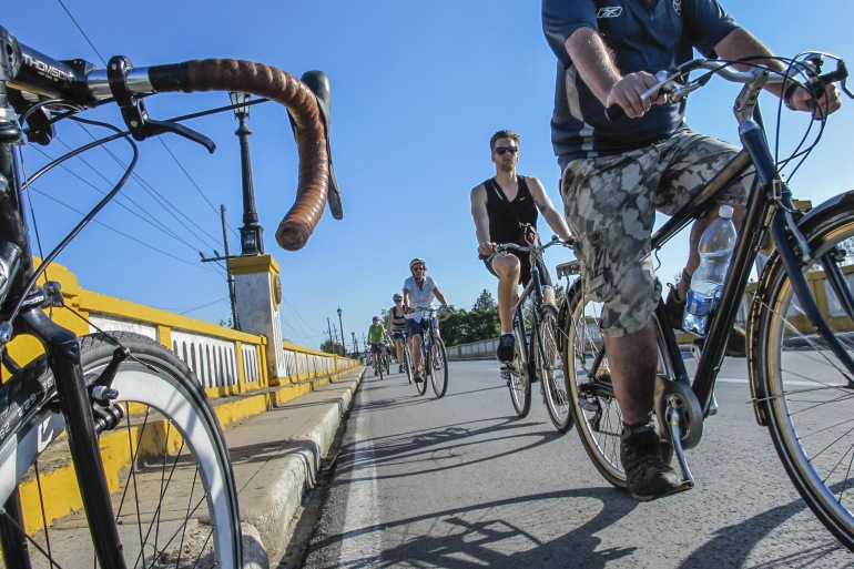Biking Cuba tour