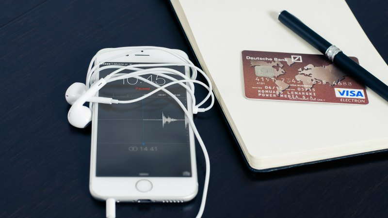 iphone and credit card