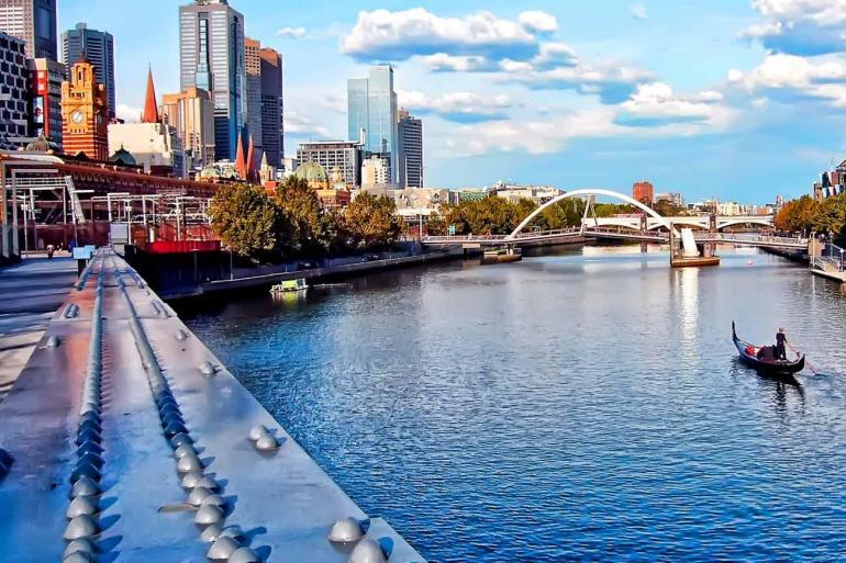 Contrasts of Australia Summer 2020 tour