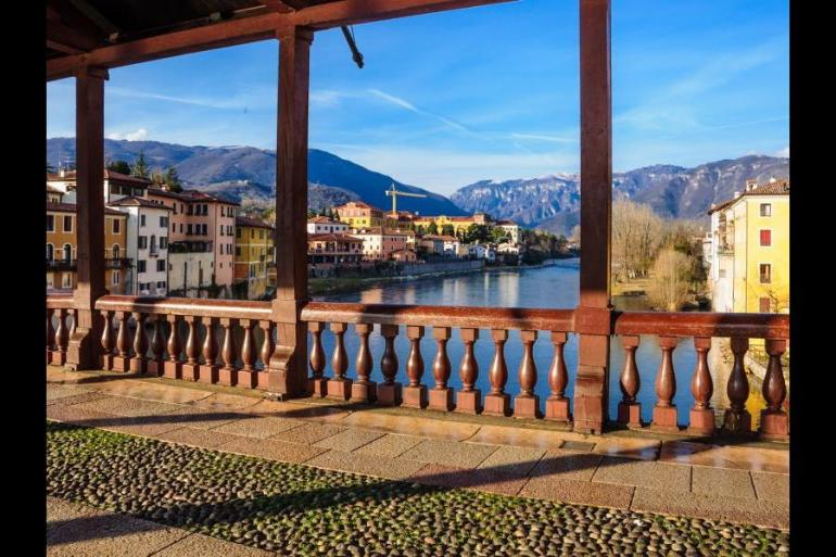 Self-guided cycling along Italy's Prosecco route tour