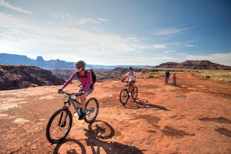 White Rim 3 Day Mountain Bike Trip tour