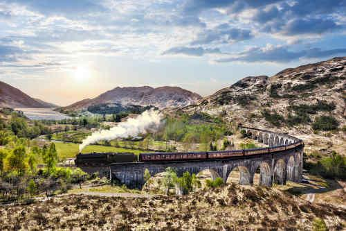 Highlights of Scotland by Rail tour