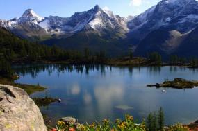 Canada Heli-Hiking Adventure tour