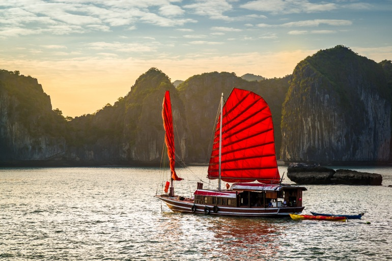 Highlight Tour Circle of Vietnam and Cambodia