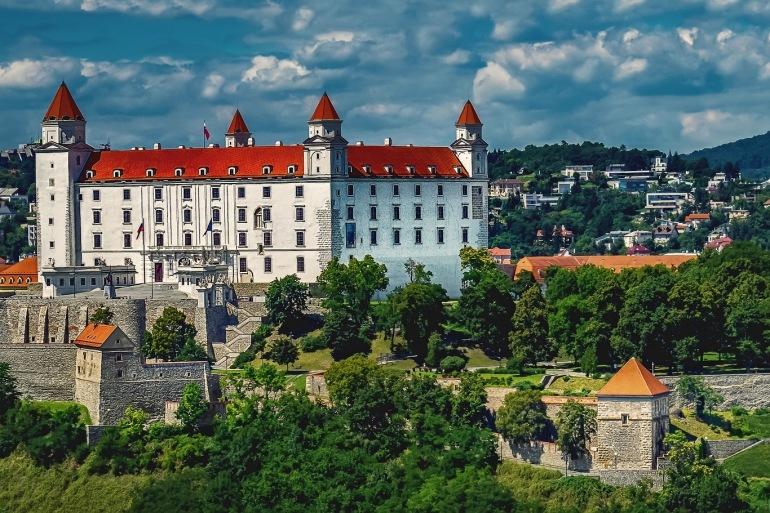 Bratislava Capital of Slovakia-Slovakia-1905408_1920_p