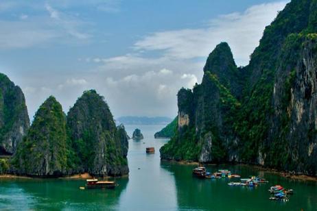 Classic Cambodia & Vietnam tour