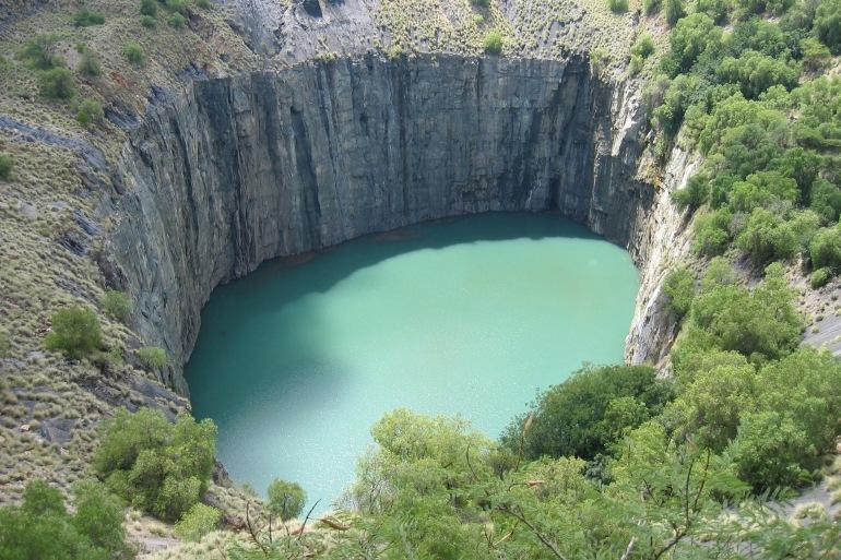 Kimberley Cape Hole-South Africa-1064016_1920-P