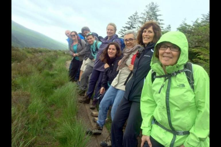 Local Immersion Hiking Walking Tour - Emerald - 15 Days package