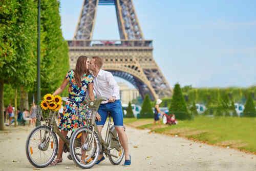 In Love in Paris tour