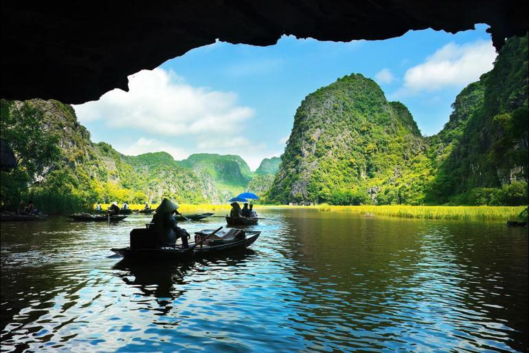 Hanoi Ho Chi Minh Cruising the Coast of Vietnam: North to South Trip