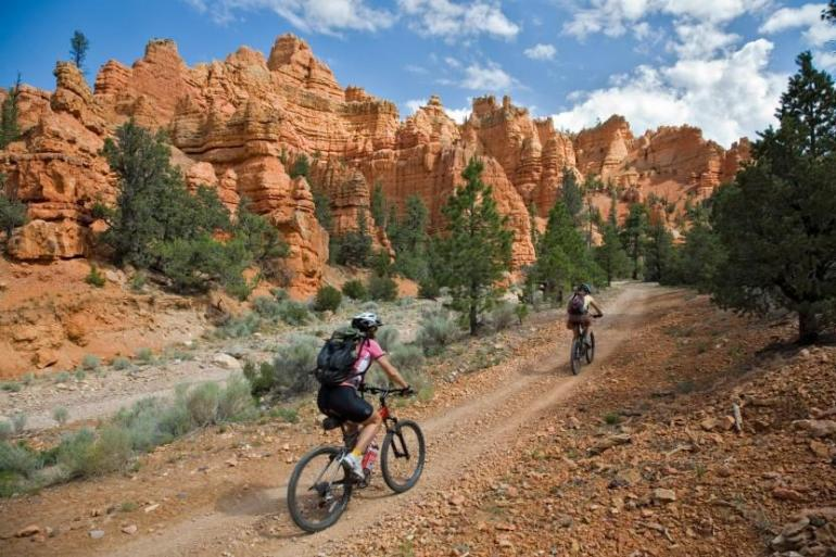 Bryce to Zion 4 Day / 3 Night Trip tour