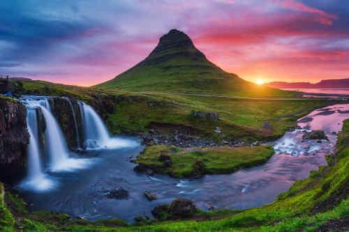 Nature's Treasures & Northern Lights of Iceland tour