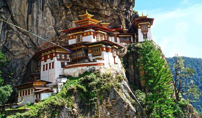 Bhutan Encounters tour