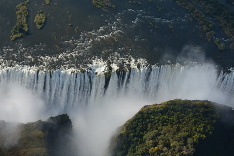 Victoria falls waterfall-Africa_1802058_P