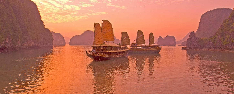 Sailing tours and cruises around the world