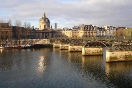 Paris to London by Bike Guided tour