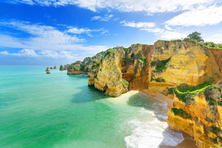 Sunny Portugal Estoril Coast, Alentejo & Algarve tour