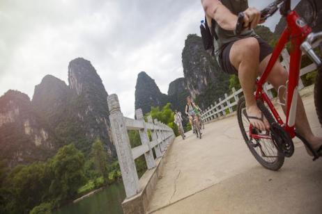 Classic Hong Kong to Beijing Adventure tour