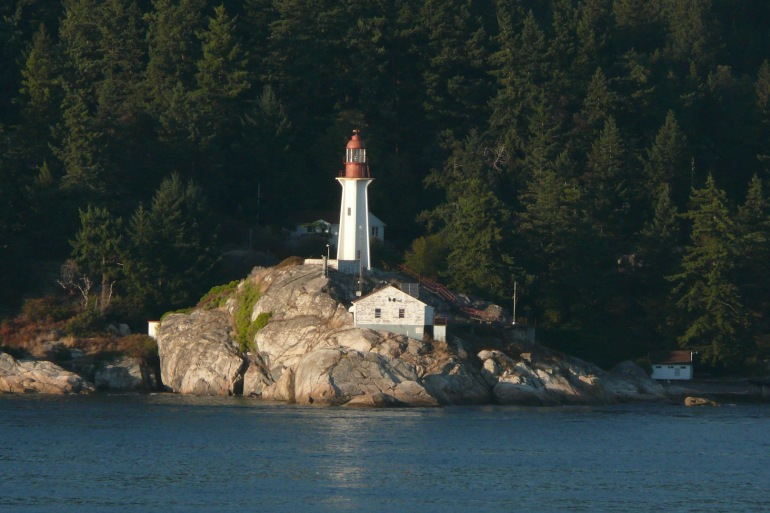 Lighthouse of vancouver_Canada_81947_1920_p