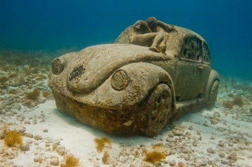 Underwater Museum, Mexico