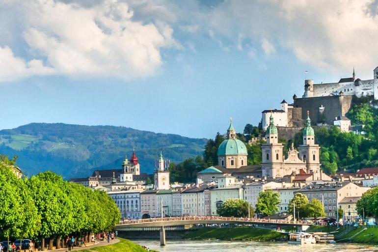 Bratislava Budapest Enchanting Danube Trip