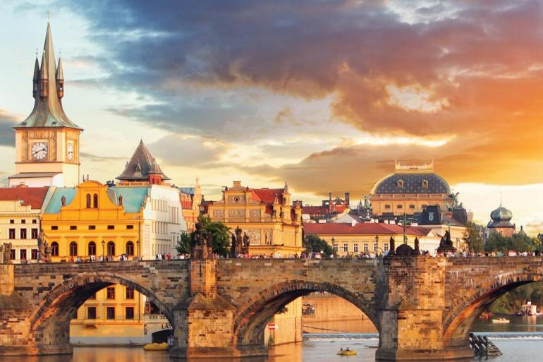 Delightful Danube & Prague tour