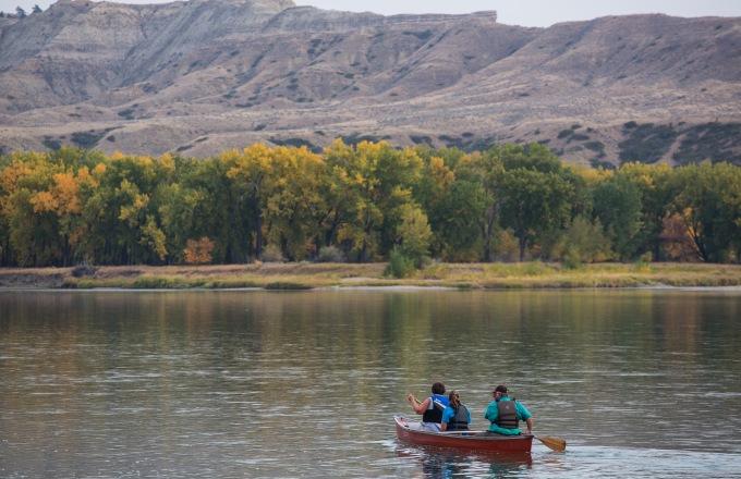 Lewis & Clark Canoeing & Glamping tour