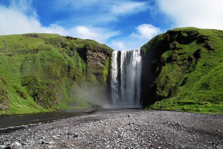 Beautiful nature of Iceland_1350909_P