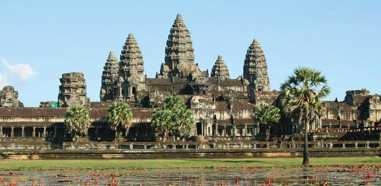 Angkor Wat Bangkok Vietnam & Cambodia Adventure Trip