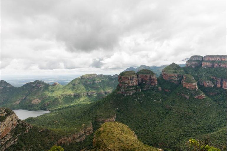 Safari Wildlife viewing Kruger & Coast package
