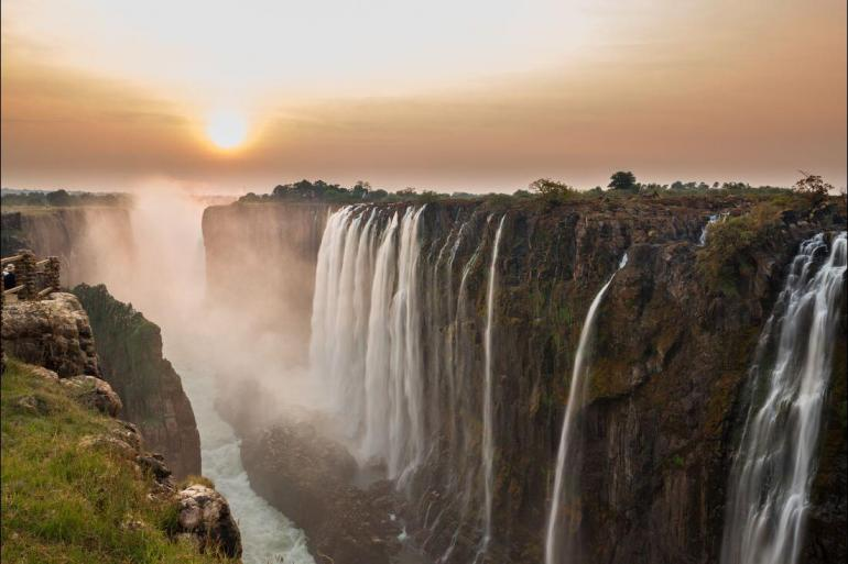 Nature & Wildlife Land expedition Cape Town to Vic Falls package