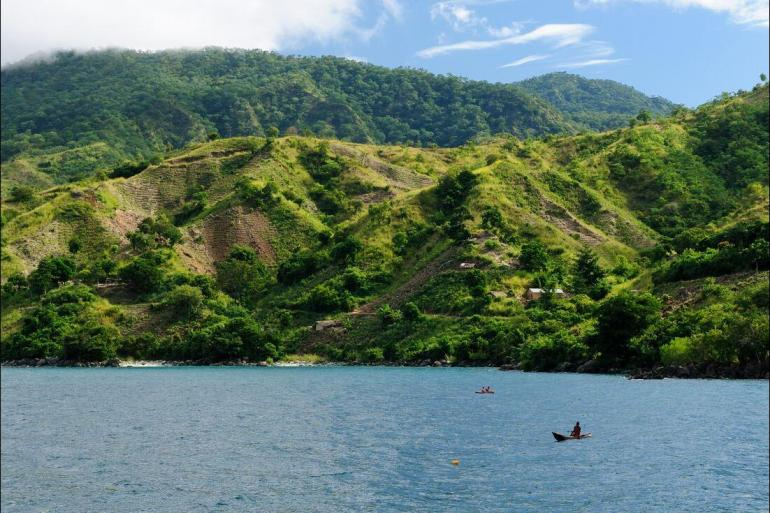 Lake Malawi Luangwa Vic Falls to Stone Town Trip