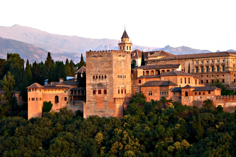 Historical architecture-Spain_2044399_1920_P