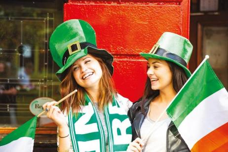 St. Patrick's Day (Hotel - London to London) tour