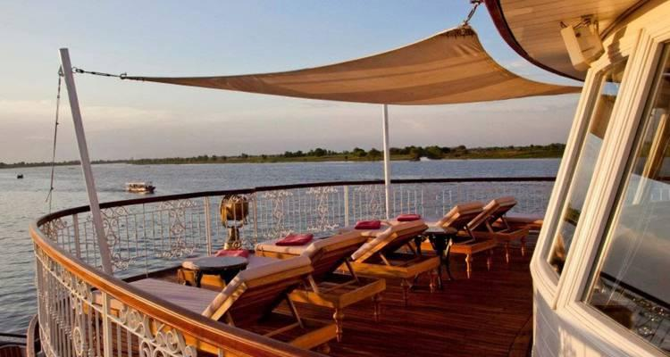 Cruise Phnom Penh to Angkor Wat - 9 days tour