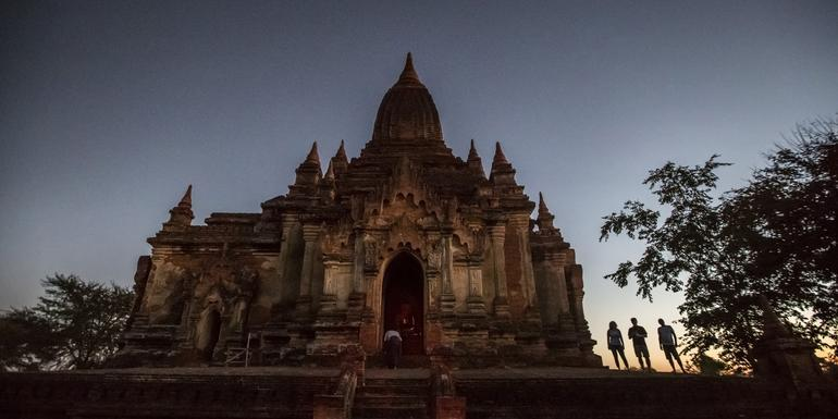 Classic Myanmar Adventure tour