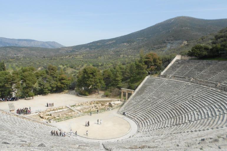 Theatre of epidaurus-Greece-2830081_1920_P