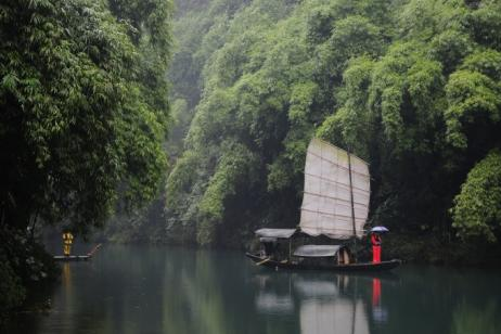 Three Gorges Highlights: Chongqing to Yichang tour