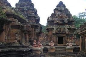 Fascinating Vietnam, Cambodia & the Mekong River with Bangkok - Southbound tour