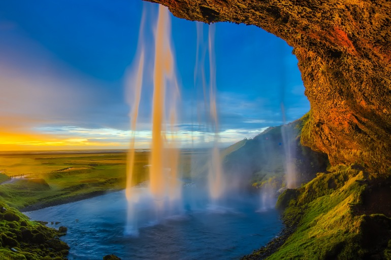 The Best of Iceland: A Country of Beautiful Contrasts tour