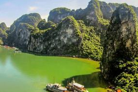 Highlights of Indochina Escapade Experience Air-Inclusive tour
