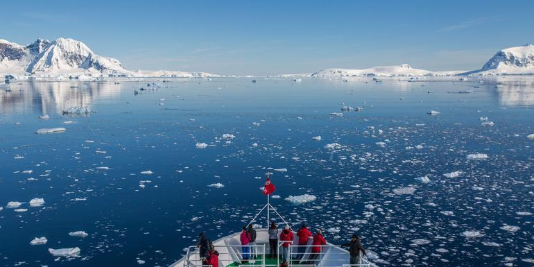 Quest for the Antarctic Circle tour