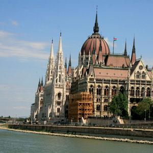 Iconic Rivers of Europe with 2 Nights in Transylvania tour